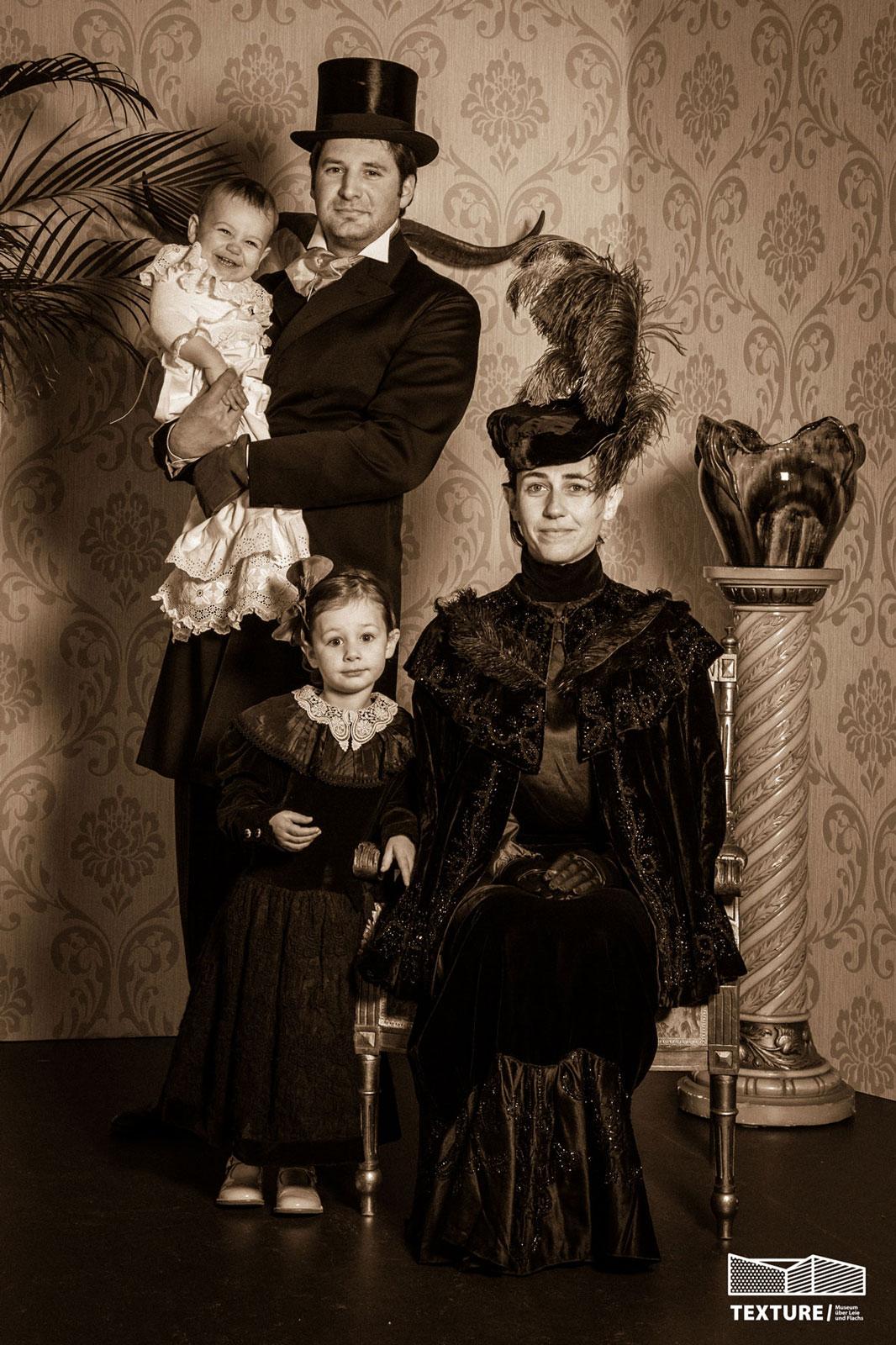 Fotograaf kortrijk fotoshoot in victoriaanse stijl voor families