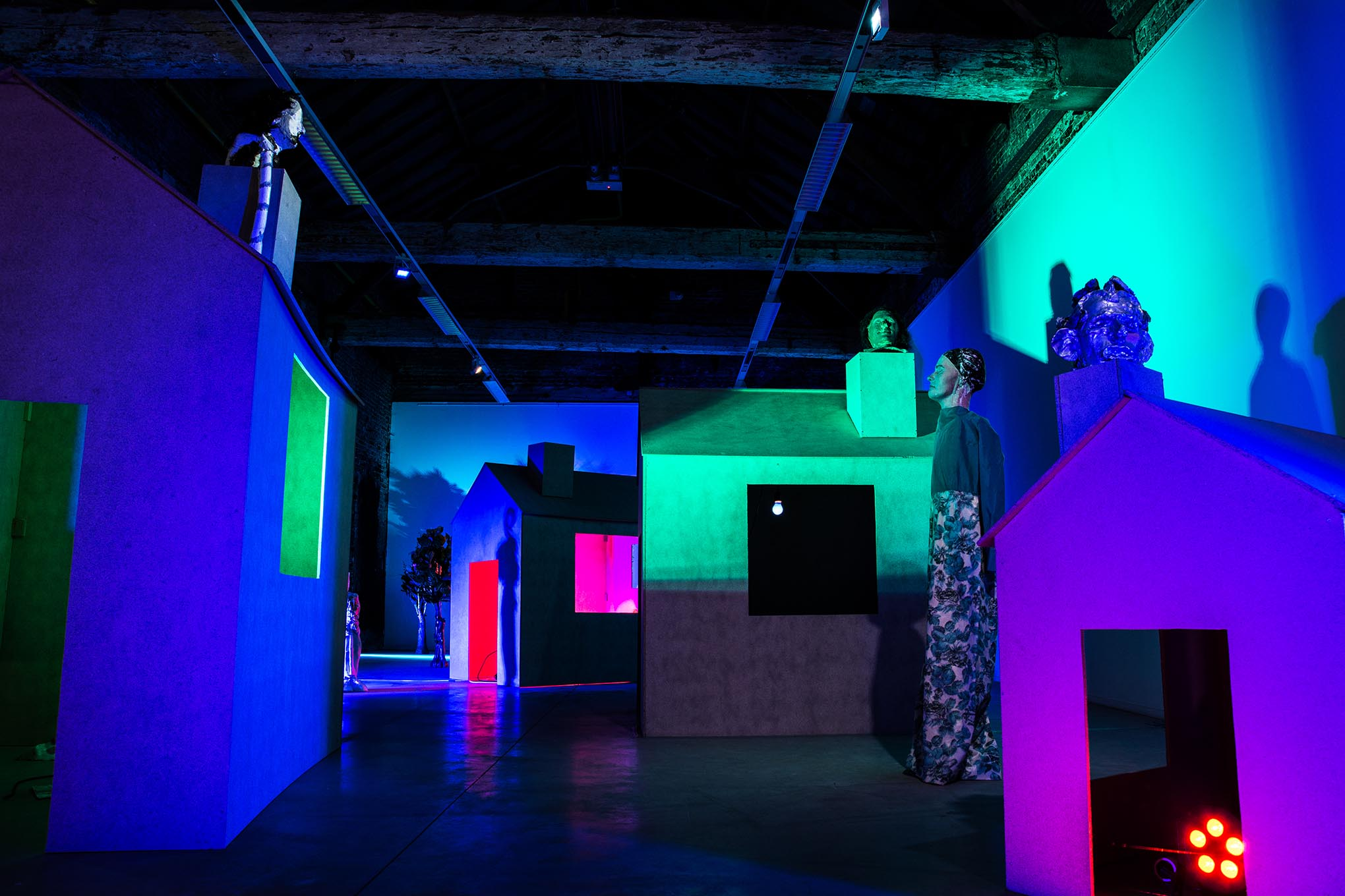 Foto beeldende kunst Kortrijk tijdens expo Enrique Marty
